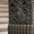本殿柱装飾