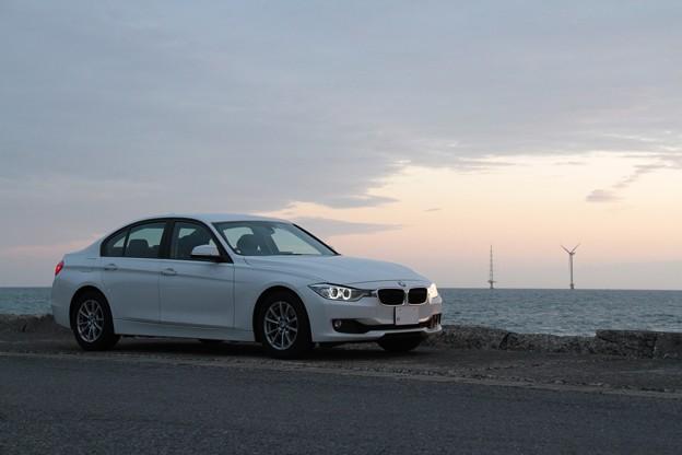 BMW 320i F30型 レンタカー