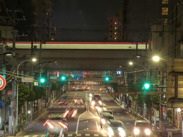 現在の日常の京成曳舟駅前の夜景