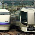 Photos: 6064M列車充当車両と1132列車
