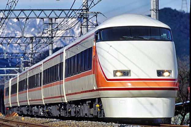 2006123001