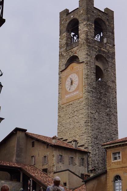 ベルガモの時計台