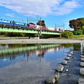 写真: 晩秋貨物列車