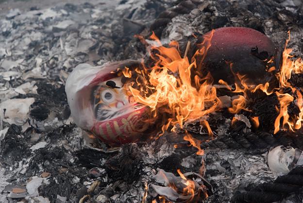【富士浅間神社(まだ燃えてました。)】