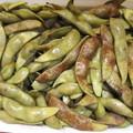 写真: 茹で丹波黒豆