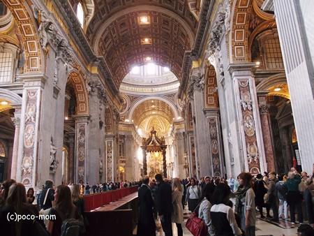 サンピエトロ大聖堂内部2014年11月03日_PB030658