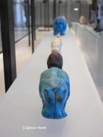 ルーブル美術館 エジプト美術 青カバ IMG_0324