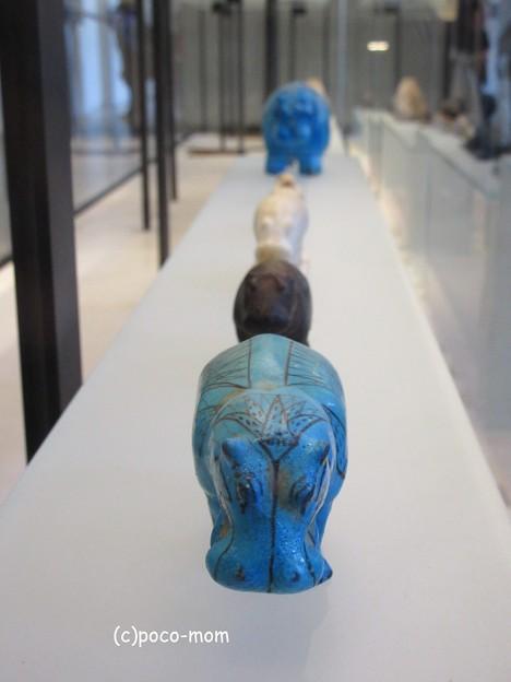 写真: ルーヴル美術館 エジプト美術 青カバ IMG_0324