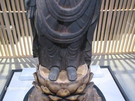 長浜城歴史博物館蔵 聖観音菩薩立像IIMG_0440