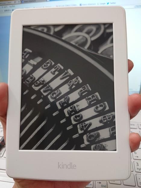 Kindle Paperwhite Wi-Fi + 3G、ホワイト  DSC_0426
