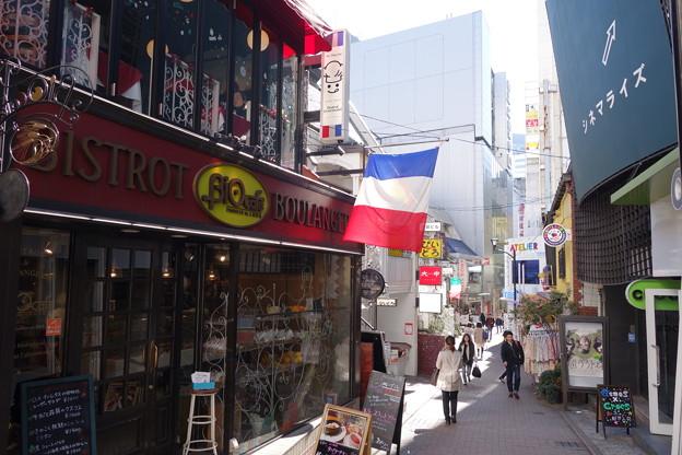 写真: 渋谷スペイン坂
