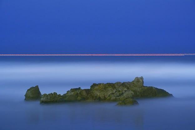写真: わたしは夜に海をみる op.7