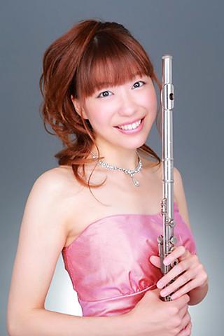 高橋いつみ たかはしいつみ フルート奏者 フルーティスト   Itsumi Takahashi