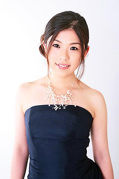 柳澤萌 やなぎさわもえ 声楽家 オペラ歌手 ソプラノ     Moe Yanagisawa