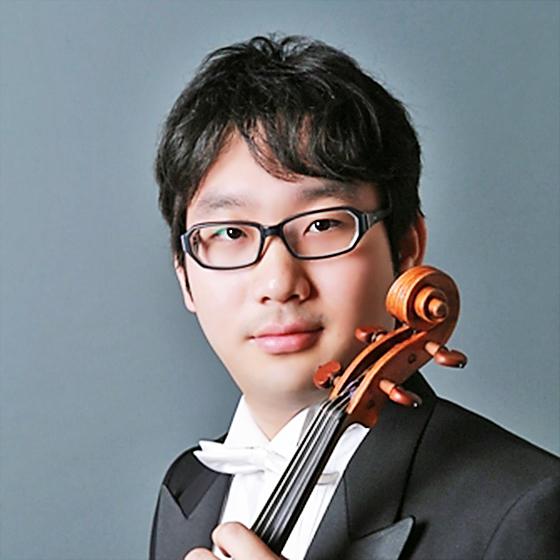 内藤賢吾 ないとうけんご ヴィオラ奏者  Kengo Naito