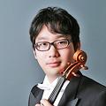 写真: 内藤賢吾 ないとうけんご ヴィオラ奏者  Kengo Naito