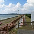 写真: 世界一長いベンチ