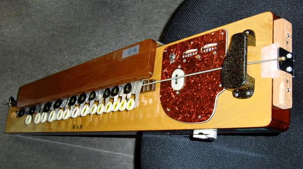 ベース大正琴