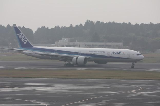 ANA B777-300 JA782A