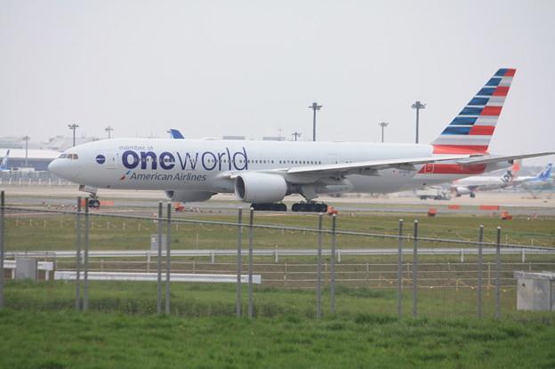 アメリカン航空 ボーイング777-200ER N796AN OneWorld塗装