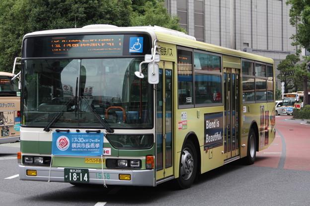 相鉄バス 1588号車