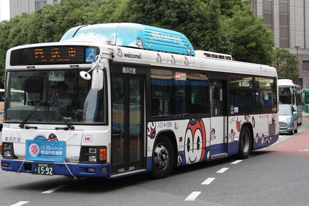 横浜市営バス 4-1595号車