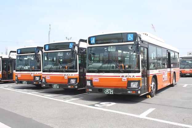 東武バス 5144号車・5148号車・5151号車
