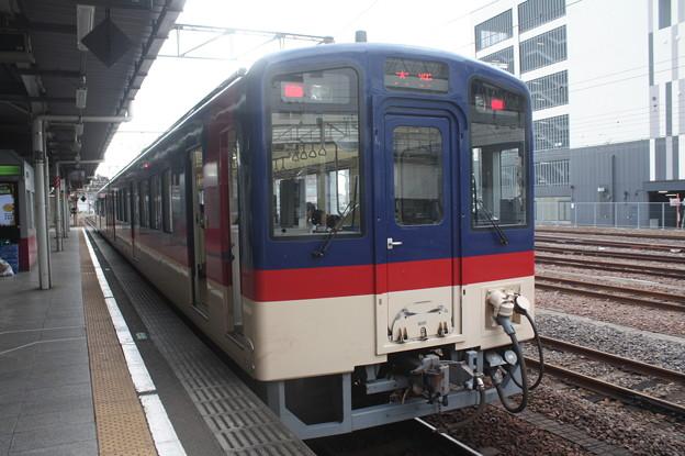 鹿島臨海鉄道8000形8002