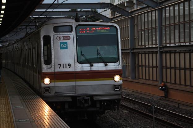 東京メトロ7000系7119F