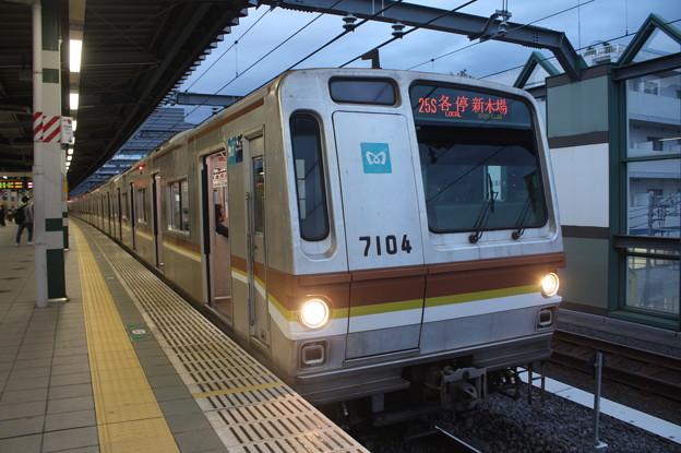 東京メトロ7000系7104F