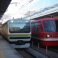 Photos: E231系1000番台と伊豆急行2100系の並び