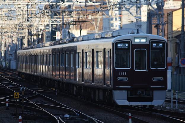 阪急神戸線 1000系1011F 普通 阪急神戸三宮 行