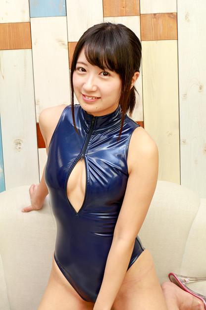 綾崎かのん (17)