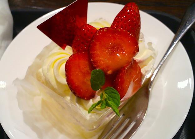 かおりの&あまおうW苺ショートケーキ