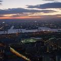 写真: コスモタワーから初日の出