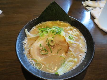 麺匠 文蔵 安養寺らぁめん(麺硬め、味濃いめ、油多め)¥780