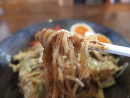 よしきゅう膳 新井ハイウェイオアシス店 特濃ソース焼きそば マヨネーズトッピング 麺アップ