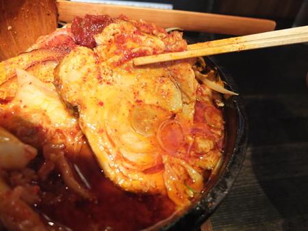 麺ぐるい 鉄鍋キムチ麺 肉&あぶら増し 辛さ逆襲のシャア チャーシューアップ