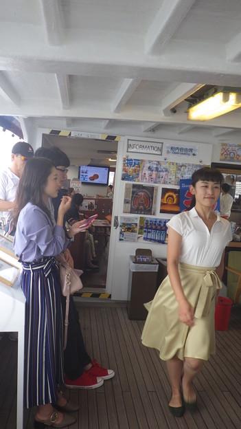 パフォーマー登場!!
