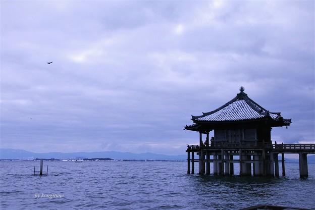 写真: 浮御堂