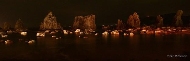 宵闇の橋杭岩♪