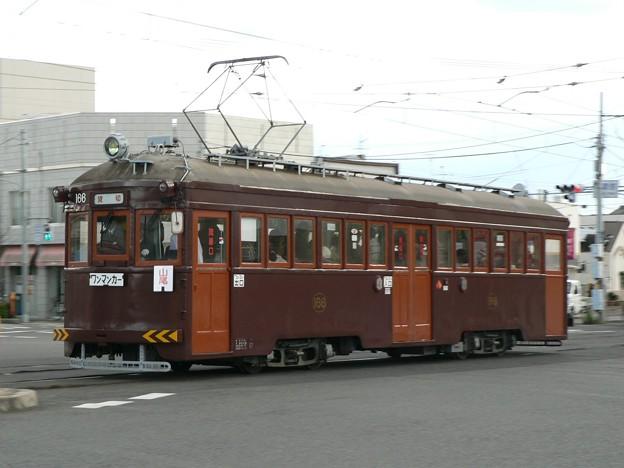 Photos: 阪堺電気軌道モ161形166号