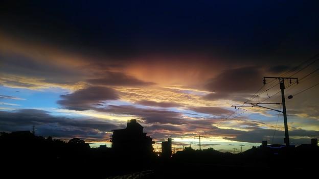 夕焼け・・ちょっと雲が低いけど