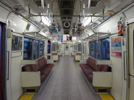 68last-車内全景2