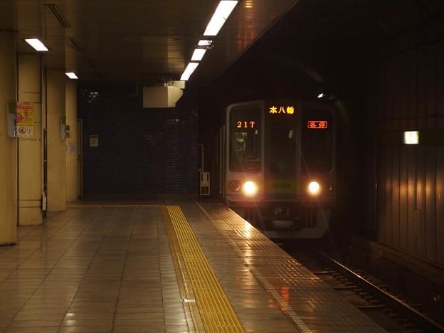 都営新宿線菊川駅2番線 都営10-280F各停本八幡行き進入