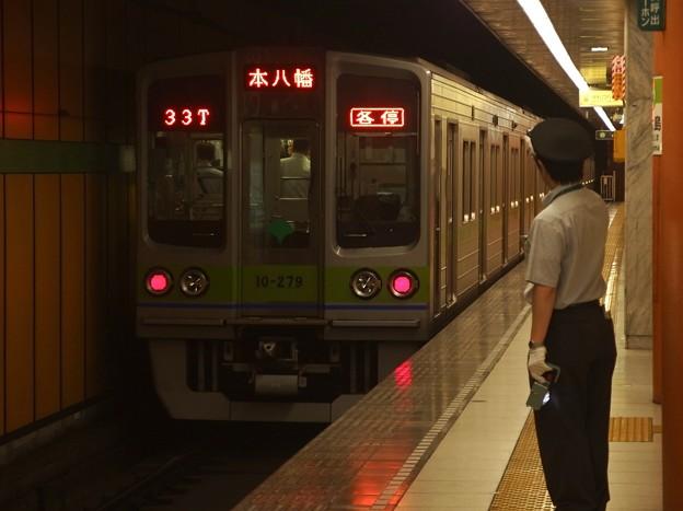 都営新宿線西大島駅2番線 都営10-270F各停本八幡行き前方確認