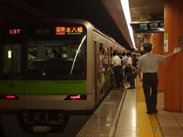 都営新宿線西大島駅2番線 都営10-380F各停本八幡行きベル扱い