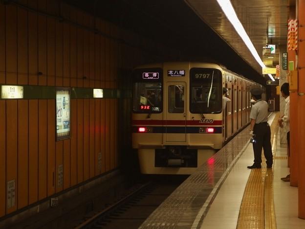 都営新宿線西大島駅2番線 京王9047各停本八幡行き前方確認