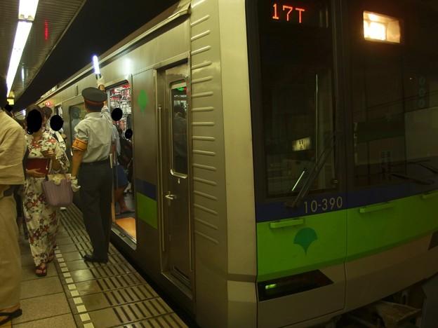 都営新宿線篠崎駅2番線 都営10-390F急行本八幡行きラッシュ(3)