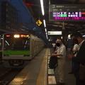 京王新線笹塚駅3番線 都営10-380F各停本八幡行き進入